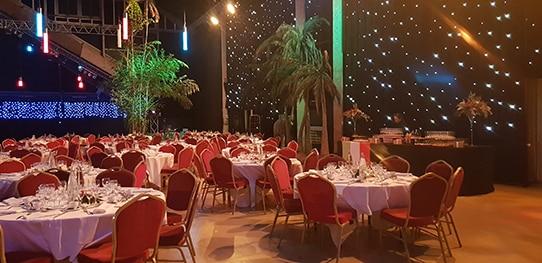 30-ans-aquaboulevard-tables-repas