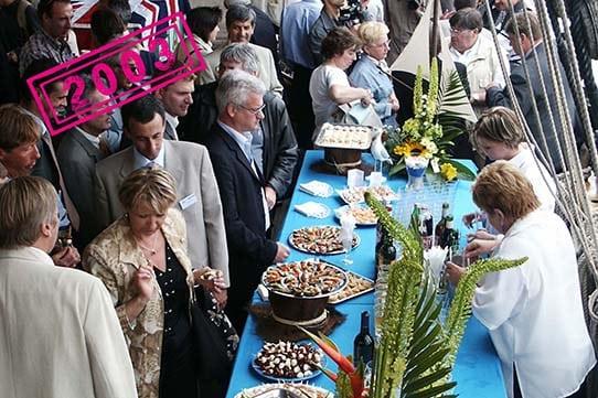 armada-2003-buffet-invites