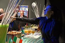 rni-serveuse-italie