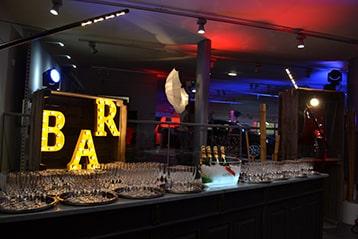 soiree-audi-cce-organisation-bar-lumineux