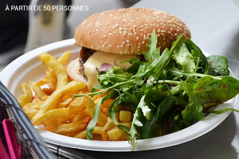 burger-la-salers-en-folie-50-personnes